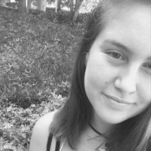 camila_bw_b